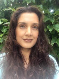 Dr Farah Khalid